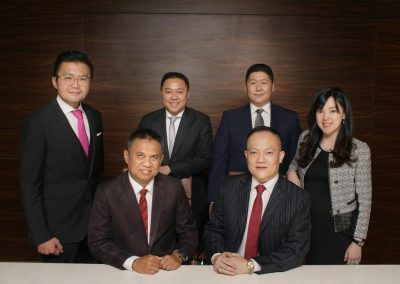 Foto bersama Direksi dan Dewan Komisaris 1