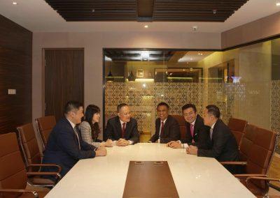 Foto bersama Direksi dan Dewan Komisaris 4